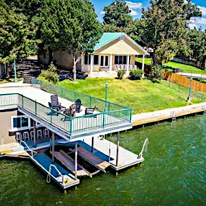 Lake LBJ Waterfront Homes